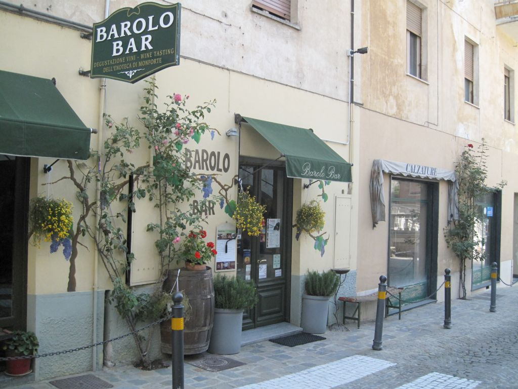 Barolo-bar