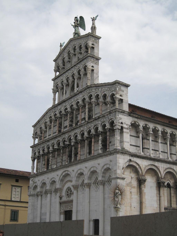Kirke i Lucca