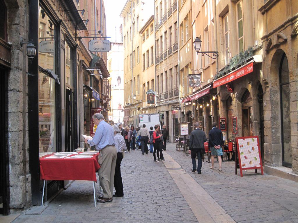 Lyon - 2