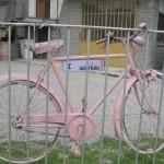 Lyserød cykel