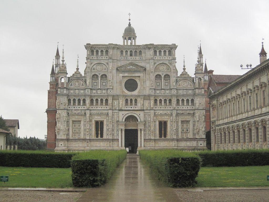 pavia kirke forside