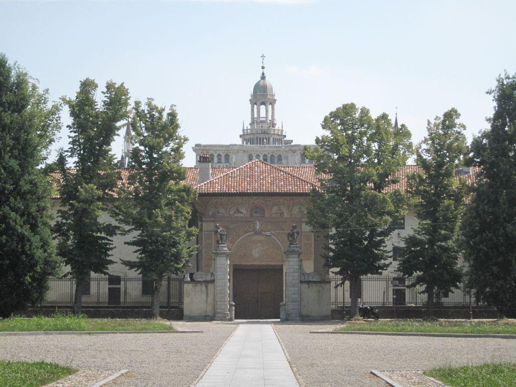 pavia overblik kloster